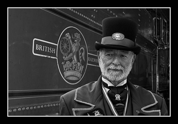 01 The Station Master
