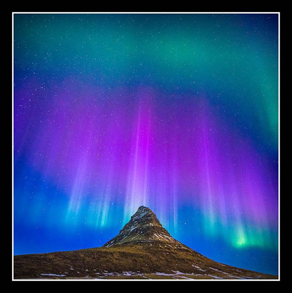 01 Kirkjufell Aurora Mark Payne