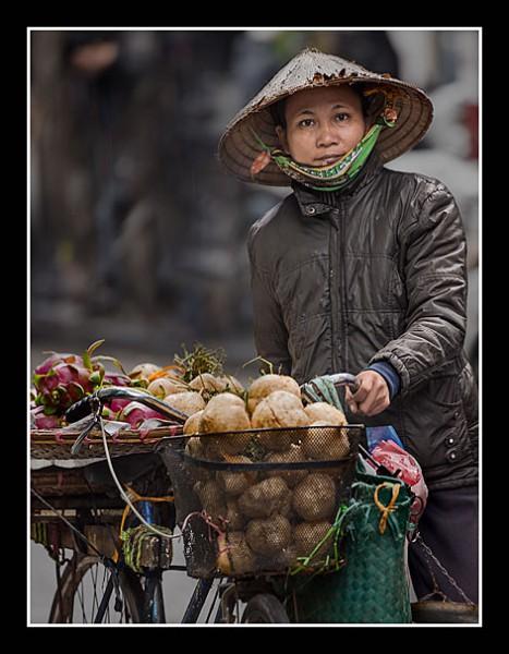 01 Street Vendor Hanoi Wray Douglas